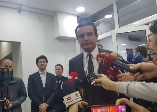 Albin Kurti paralajmëron se mund të ketë zgjedhje të reja në Kosovë
