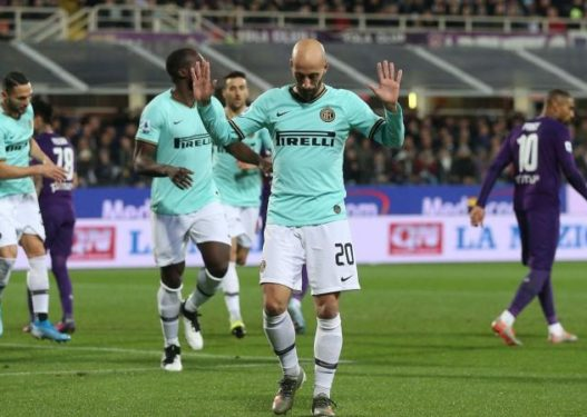 Inter ngec me Fiorentinën, kryeson me pikë të barabarta me Juventusin