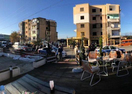U dëmtuan rëndë nga tërmeti, nis shembja e disa pallateve në Laç