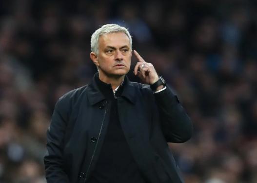 """""""Çmendet"""" Jose Mourinho, ja cilin futbollist iu ka kërkuar drejtuesve t'ia sjellin në ekip"""