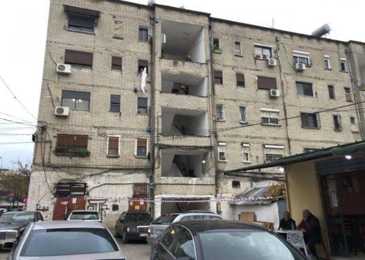 65 familje boshatisin pallatin në Kombinat, nuk kanë marrë dëmshpërblim nga dëmet e tërmetit