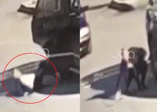 Po zbriste nga makina, truproja i Dakos humb ekulibrin dhe rrëzohet keq