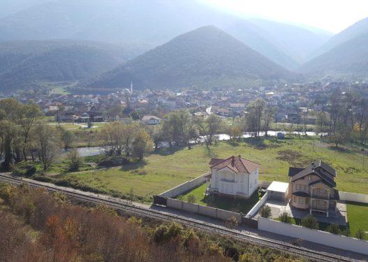 Shkup/ Fshati Radushë pa transport publik, 26 kilometra largë kryeqendrës