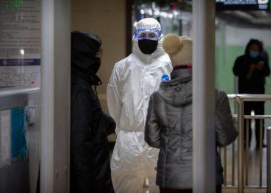 Frika nga koronavirusi, çifti kinez ndalohet në Durrës