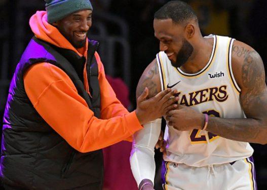 """""""Të dua vëllai im i madh!"""" Letra prekëse e LeBron James për Kobe Bryant: Do të çoj përpara trashëgiminë tënde"""