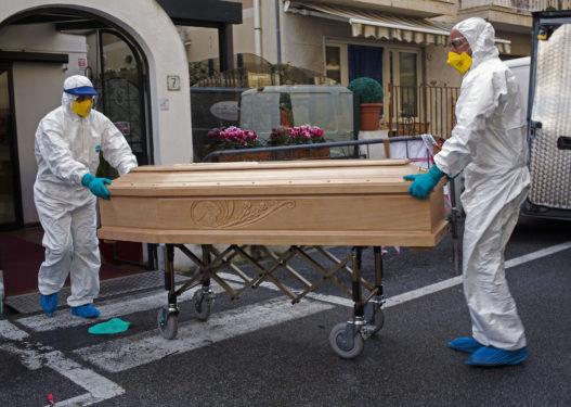 Itali/ 760 jetë të humbura në 24 orë nga koronavirusi, 33 viktima më shumë se dje