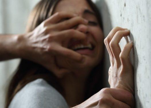 Përdhunoi 15-vjeçaren, skandalizon roja i shkollës: M'u afrua vetë, e preka në vendet intime
