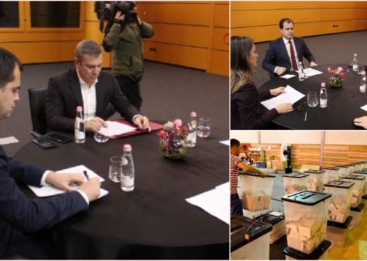 Arrihet marrëveshja mes palëve/ Zgjedhjet e ardhshme me identifikim biometrik, PS heq dorë nga depolitizimi