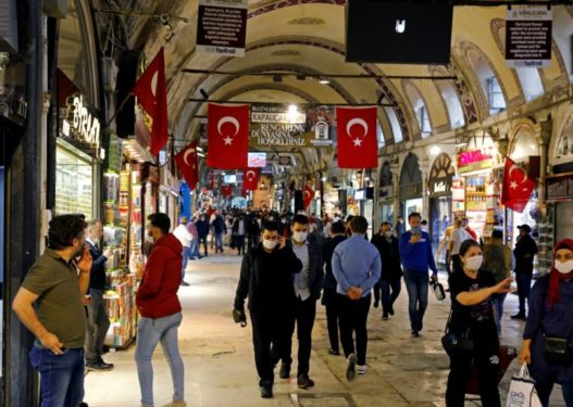 Pse Turqia e ka përballuar kaq mirë pandeminë e COVID-19?