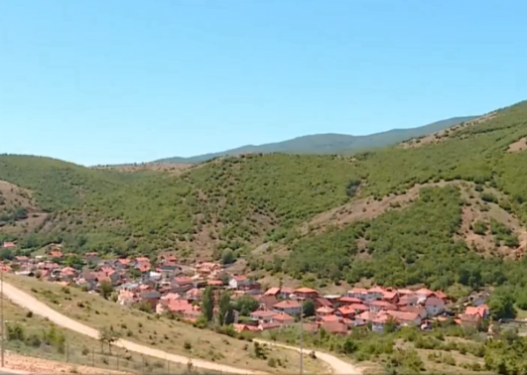 Vetëm shqiptarët mund të jetojnë pranë liqeneve e të mos kenë ujë të pijshëm