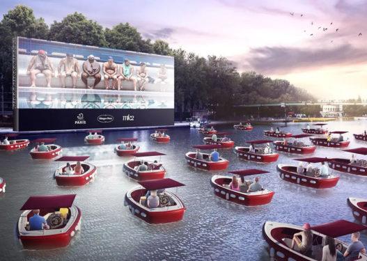 Pamje mahnitëse/ Ky është qyteti që po organizon 'kinemanë lundruese'