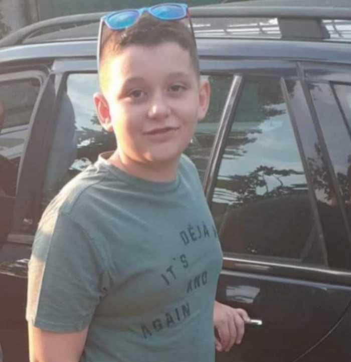 Ky është 10-vjeçari që vdiq në Kakavijë/ Dedikimet prekëse të të ...