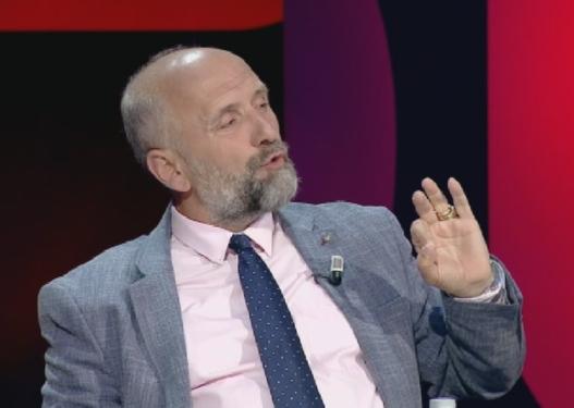 Shokon Alfred Cako: Në vitin 2025, Shqipëria do të ketë vetëm 500 mijë banorë!