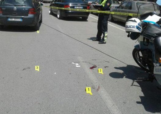 Aksident në Tiranë, automjeti përplas 10 vjeçaren