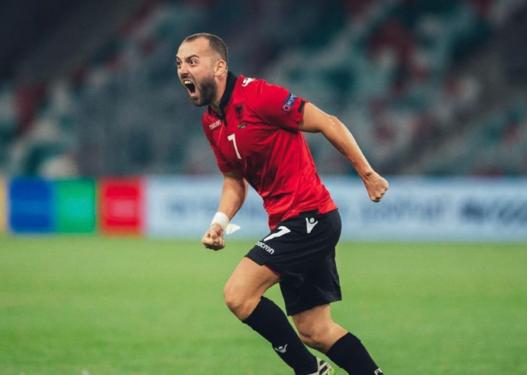 Mesfushori i kombëtares ndryshon ekip, transferohet te skuadra e njohur spanjolle