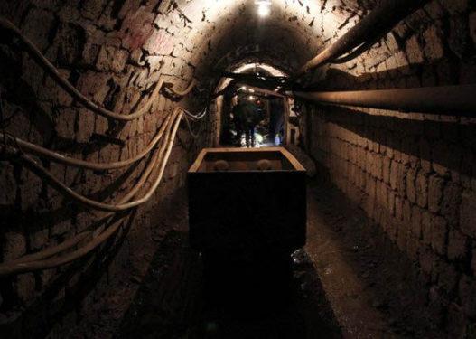 Detaje të reja për 3 minatorët që u bllokuan në minierë/ Njëri prej tyre ndërron jetë