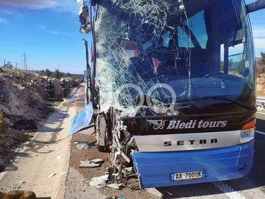 Kroaci/ Autobuzi me targa shqiptare përfshihet në aksident, disa nga pasagjerët nisen me urgjencë
