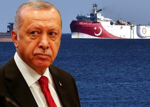 Piratët rrëmbejnë anijen turke, Erdogan merr menjëherë në telefon kapitenin: Na çmontuan, asgjë s'po funksionon!