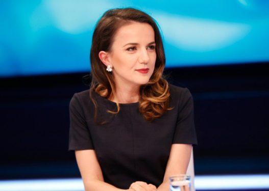 'Rrëfehet' Rudina Hajdari: Ky është personazhi me të cilin kam patur fantazinë më të shfrenuar s*ksuale
