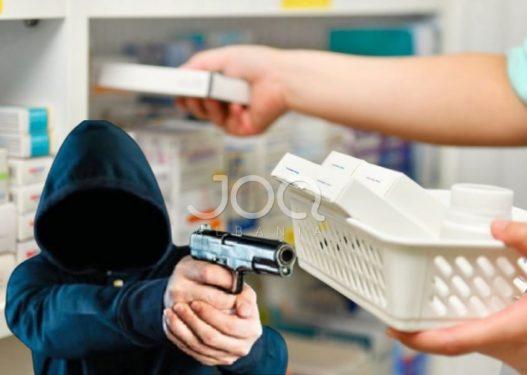 Grabitet farmacia në Tiranë, autori kërcënon shitësin me armë lodër dhe i merr gjithë xhiron ditore