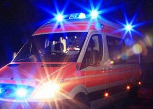 Përplasen dy makina në Sukth/ Plagosen katër persona, mes tyre dy të mitur