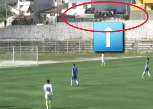 Kishin hipur të shihnin ndeshjen në Sarandë/ Shembet tarraca e ndërtesës, plagosen disa persona