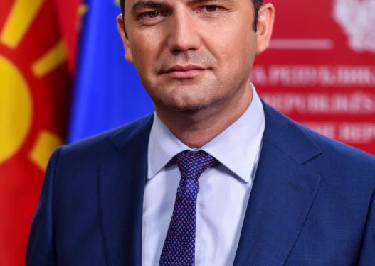 Ministri Osmani përplaset me Ambasadën ruse në Shkup