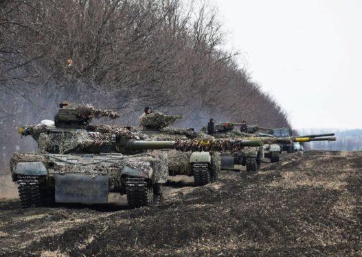 Prag lufte? 120.000 trupa ruse pritet të zbarkojnë në kufirin me Ukrainën