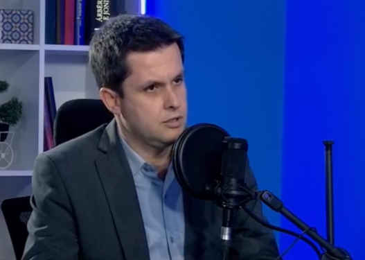 Mjeku Ilir Alimehmeti: Karantina totale nuk e zgjidh problemin, duhet të izolohen të infektuarit me Covid