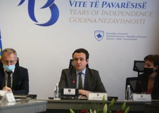 Kurti shpalos programin qeverisës, thotë se do të përgadisin padi për gjenocid ndaj Serbisë në GJND