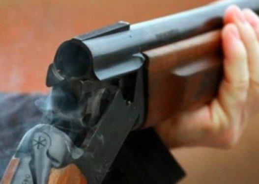 Hapte profile false me fotot e saj/ 17-vjeçari shkodran qëllon me pushkë banesën e bashkëmoshatares