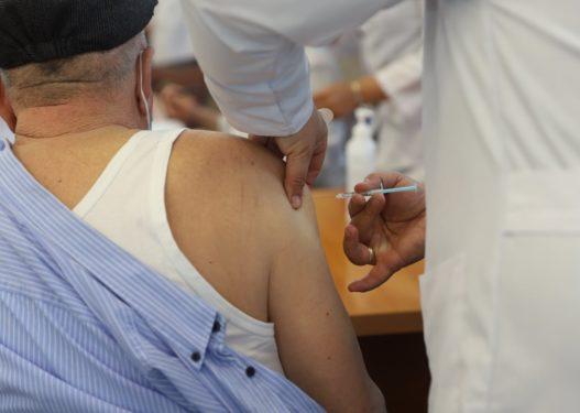 Ministria e Shëdetësisë: Ja cilat hapa duke të ndiqni për të aplikuar për vaksinë