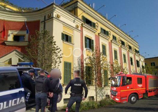 """Shkatërrohet grupi i trafikantëve të kokainës nga Gjermania në Zvicër, """"koka"""" është një punonjës i Bashkisë së Tiranës"""