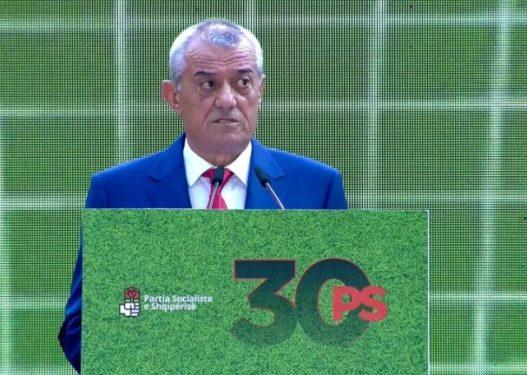 Gramoz Ruçi jep dorëheqjen nga të gjitha funksionet politike në PS