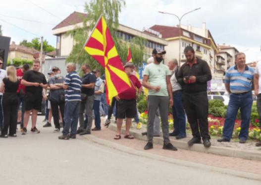 Nuk dorëzohet opozita, vazhdojnë protestat në Maqedoni