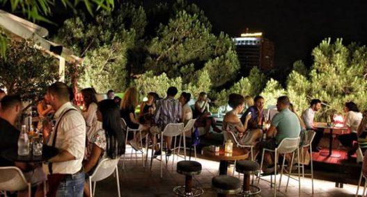 Ulja e TVSH-së dhe orari i muzikës/ Shoqata e Bareve dhe Restoranteve kërkon rishikimin e masave kufizuese