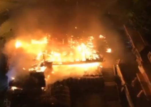 Zjarr në një banesë në Bit Pazar të Shkupit