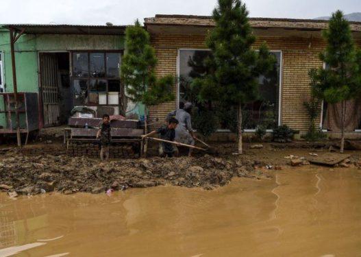 Përmbytjet masive në Afganistan, shkon në 60 numri i viktimave