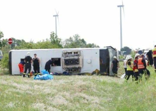 Përmbyset autobusi me targa të Serbisë në Gjermani, 19 të lënduar