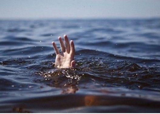 U mbyt sot në Lezhë, kush është 27-vjeçari që u gjet i pajetë në plazhin e Tales
