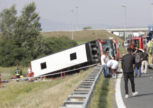 """""""Të rinjtë gëzuan gjithë natën"""", flet i mbijetuari nga aksidenti në Kroaci: Një grua poshtë meje kishte vdekur"""