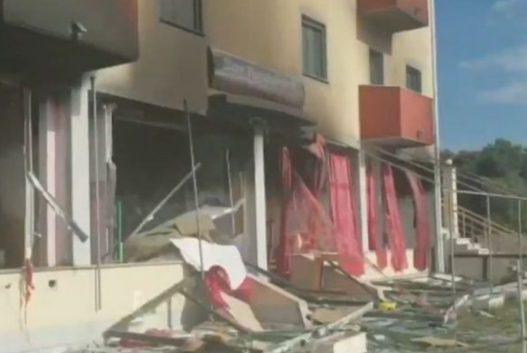 Thellohet tragjedia e shpërthimit të bombolave në Velipojë! Pas nënës dhe dy motrave, vdes dhe djali 12-vjeçar