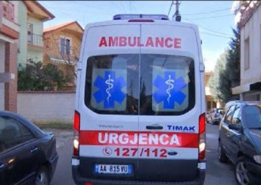 E rëndë në Tiranë/ Gjendet i pajetë në banesën e tij i moshuari
