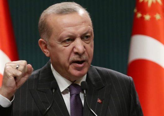 """Erdogan """"kërcënon"""" disa prej shteteve më të fuqishme në botë, kërkon të shpallen """"non grata"""" 10 ambasadorë"""