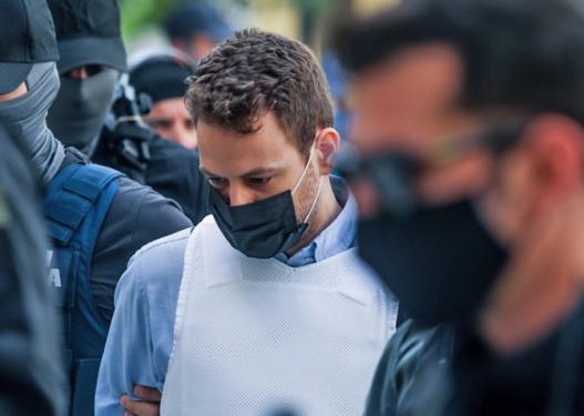 I shkruajti të dashurës para se të vriste gruan, piloti grek mohon akuzat nga burgu: Nuk e njoh këtë grua