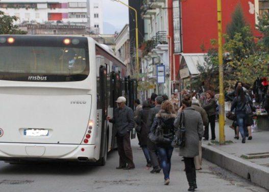 U bënë protesta për shërbimin/ Transporti Urban në Shkodër rrezikon mbylljen totale