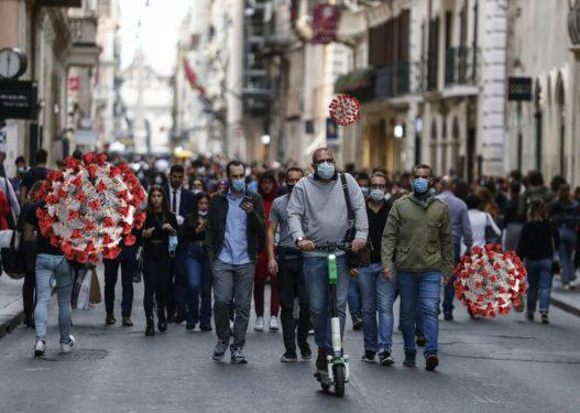 Vendimi/ Italia zgjat deri më 15 dhjetor masat anti-Covid për vendet që s'janë anëtare të BE-së