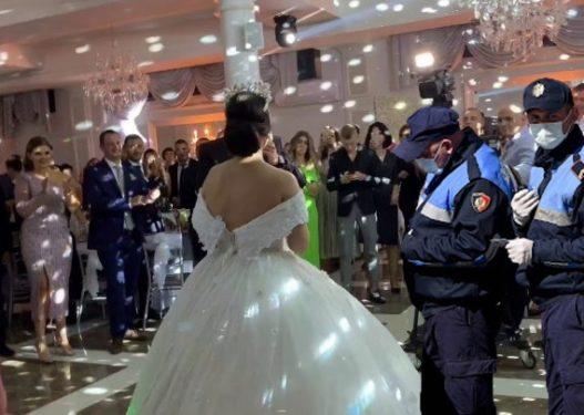 """Donte të kërcente më shumë në dasmë/ Polici merr më qaf edhe kolegët, salla operative """"mbytet"""" nga telefonatat"""