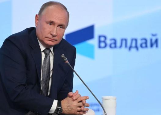 """Putin: Jepini dritë jeshile """"Nord Stream 2"""" që të rrisim furnizimet me gaz në Europë"""
